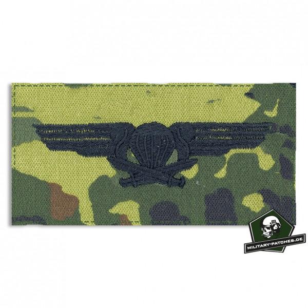 Fallschirmspringerabezeichen FINNLAND, 5farb mit Klett