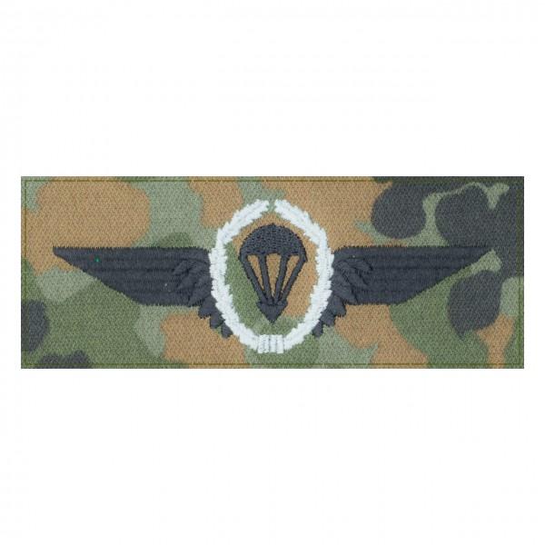 Fallschirmspringerabezeichen SILBER Bundeswehr auf 5farb-Tarndruck mit Klett