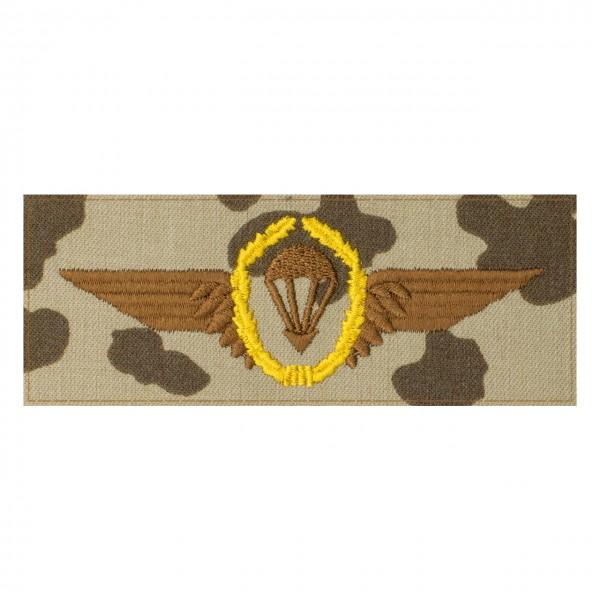 Fallschirmspringerabezeichen GOLD Bundeswehr auf 3farb-Tarndruck mit Klett