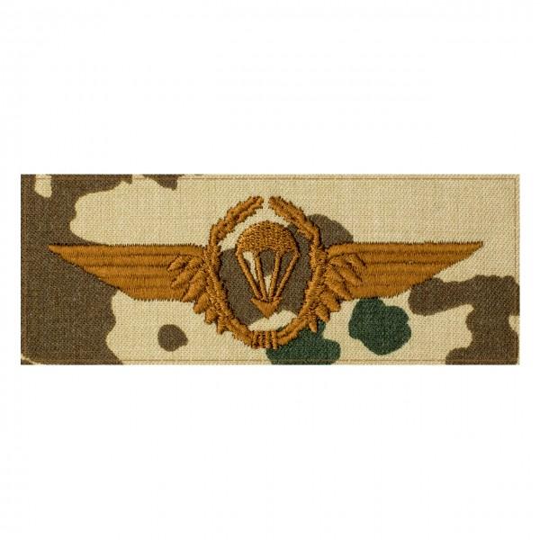 Fallschirmspringerabezeichen Bundeswehr auf 3farb-Tarndruck mit Klett